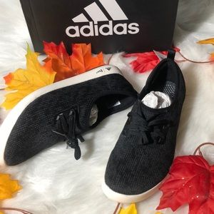 adidas Shoes - 🚨 Women's Sneakers 🚨